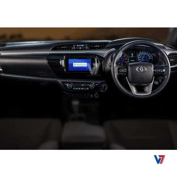 Toyota Hilux Revo V7 Navigation Bluetooth